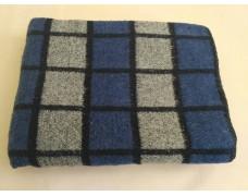 Одеяло 1,5 сп полушерсть 140*205 Плотность 400гм2